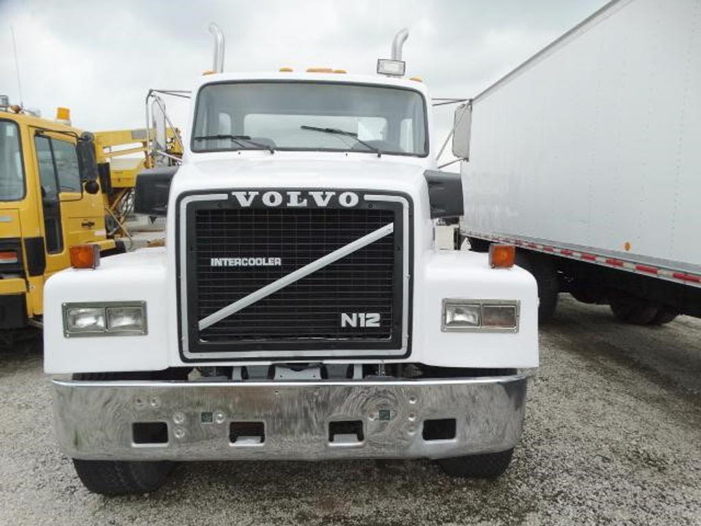 1986 Volvo N-12